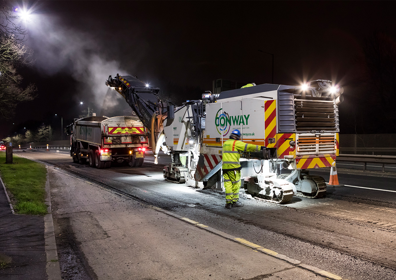 FM Conway and TfL launch ground-breaking asphalt trial thumbnail